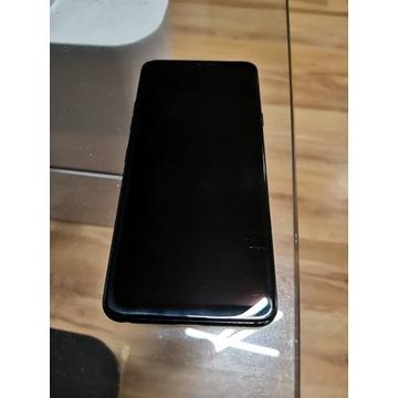Smartfon LG G7 ThinQ z pudełkiem i ładowarką