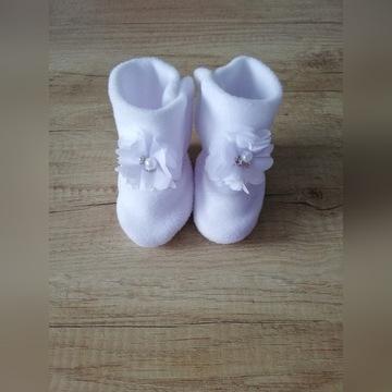 Buciki, kozaczki do chrztu, polar, roz. 10 cm