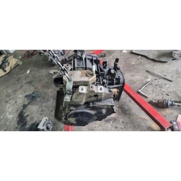 Skrzynia automatyczna automat golf 4 IV 01M321105Q