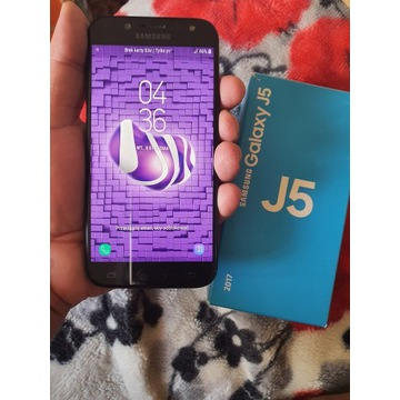 Samsung   J5/2017  stan idealny caly komplet