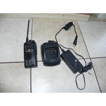 Radiotelefon Kenwood Nx-300 z ładowarką KSC-32