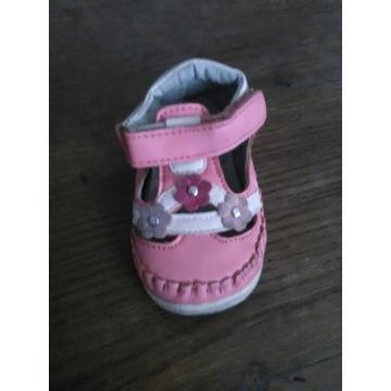 Sandalki dla dziewczynki r. 20