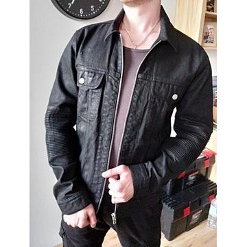 Jeansowa kurtka czarna - Stylowe rękawy!