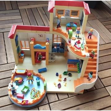 Playmobil City Life Przedszkole + kącik dla dzieci