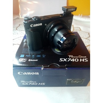 Canon Pawer SHOT SX740 HS