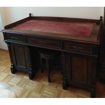 biurko 100 -letnie szuka nowego właściciela