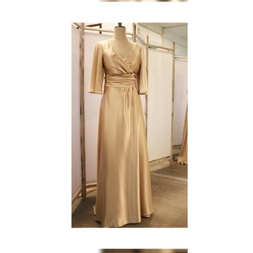 Sukienka okolicznościowa szyta na zamówienie
