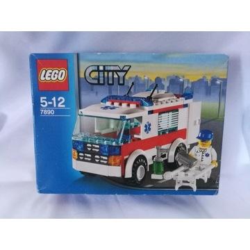 Kolekcjonerski zestaw LEGO CITY Ambulance - 7890