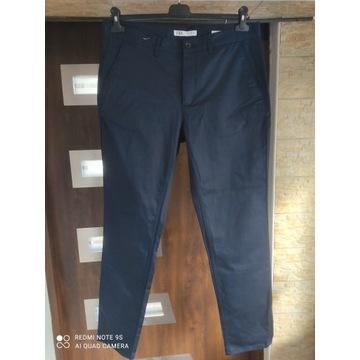 Spodnie eleganckie Zara