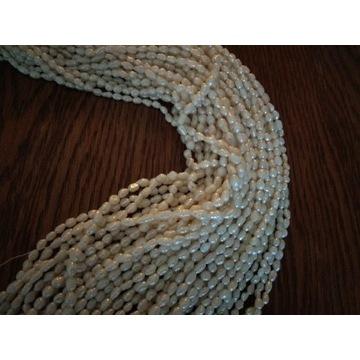 Perła naturalna ryżowa około 3-5x3mm