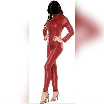 Erotyczny catsuit , czerwony w czarny wzór.