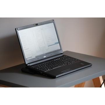 E554 Intel i5-4210 2,6 GHz, RAM 8GB, SSHD 500 GB