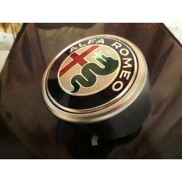 Emblemat Logo Alfa Romeo Stelvio
