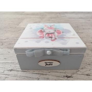 Szkatułka pudełko na urodziny, roczek R.S
