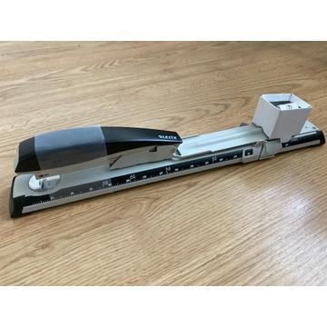 Zszywacz długoramienny Leitz Nexxt Series czarny