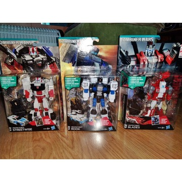 Transformers Combiner Wars rook streetwise blades
