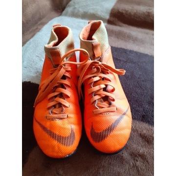 Korki Nike rozm. 35,5