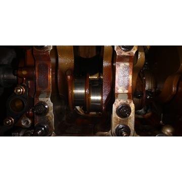 Wał korbowy V8 4.4 B8444s