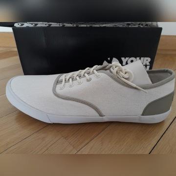 Nowe buty półbuty Your Turn jasne Wawa 43 Wys 24h