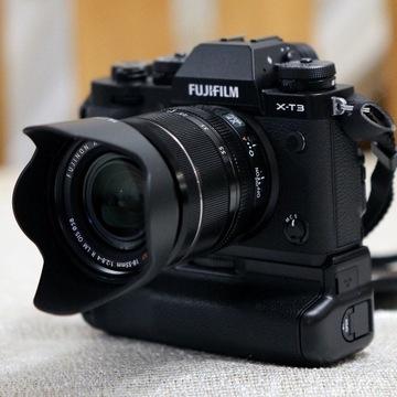 FujiFilm X-T3 +XF18-55 f/2.8-4.0 +VG-XT3 +3x Aku !