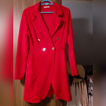 Czerwona sukienka ala marynarka, rozmiar uni