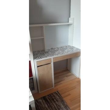 Białe biurko z nadstawką IKEA