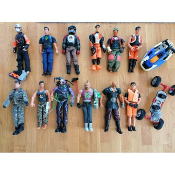 Super zestaw ACTION Man 12 postaci + 2 pojazdy
