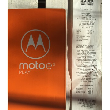 Telefon MOTOROLA MOTOE 6 PLAY komplet