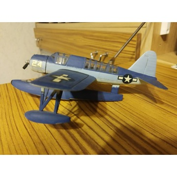 Sklejony model samolotu wojskowego-Grumman 24.
