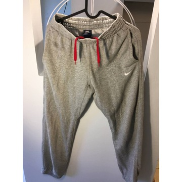 Szare Spodnie Nike M