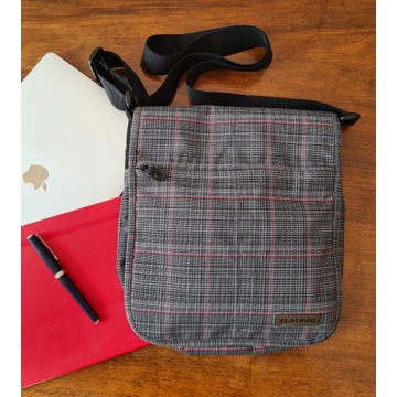 Dakine torba na laptopa