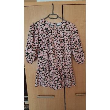 Bluzeczka w drobne kwiaty z baskinką