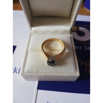Pierścionek złoto 750, brylant czarny ekspertyza