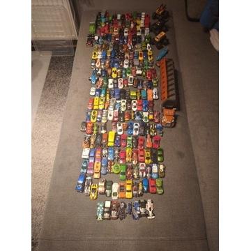 Hot Wheels samoochody Okazja zestaw ponad 230 szt