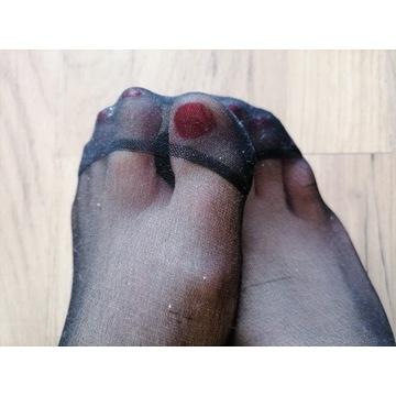 skarpetki nylonowe noszone używane fetysz stóp