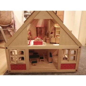 Duży drewniany domek z lalkami - na prezent!