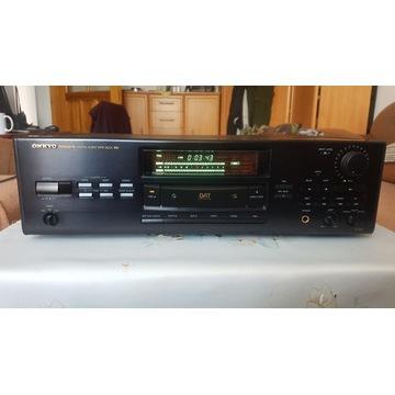 Magnetofon cyfrowy Onkyo DT-901