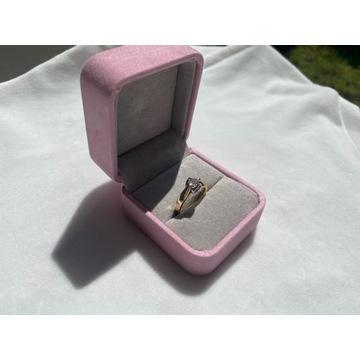 Pierścionek zaręczynowy briju, brylant