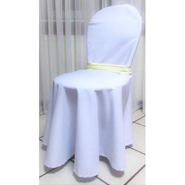 biały pokrowiec z szarfą na krzesło wesele komunia