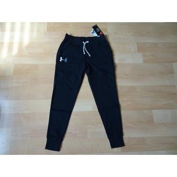 UNDER ARMOUR spodnie dresowe14-16 lat, rozmiar 164