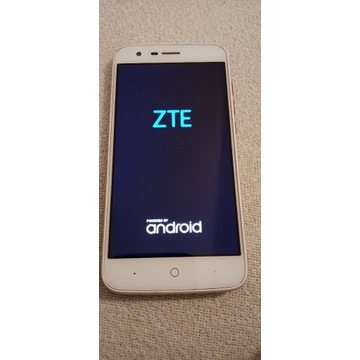 Smartfon ZTE BLADE V8 lite