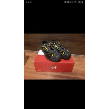 Nowe buty robocze Jori