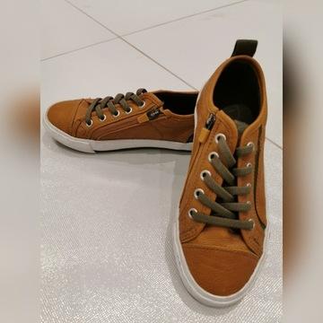ZARA chłopięce buty r.30-31