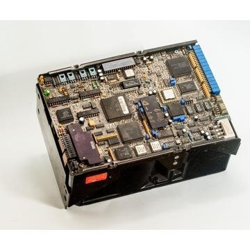 Dysk twardy Maxtor XT-8760S , 760MB, lata '80