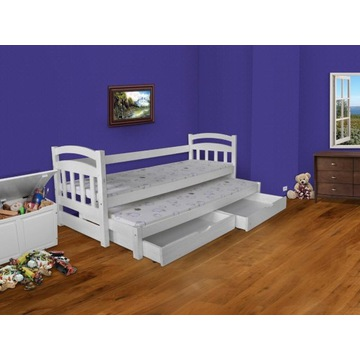 Dwuosobowe łóżko z szufladami, materace gratis