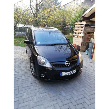 Opel Zafira 2,0 turbo opc 2008 czarny