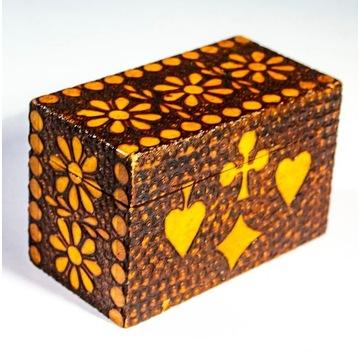 Pudełko drewniane na karty do gry
