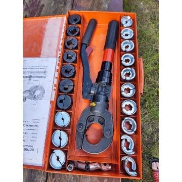Prasa ręczna hydrauliczna do  zarabiania przewodów