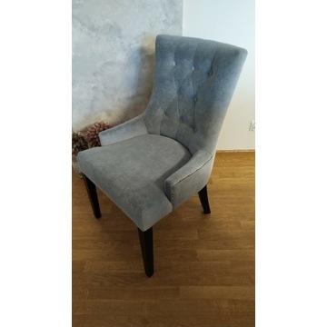 Krzesła pikowane, tapicerowane chesterfield