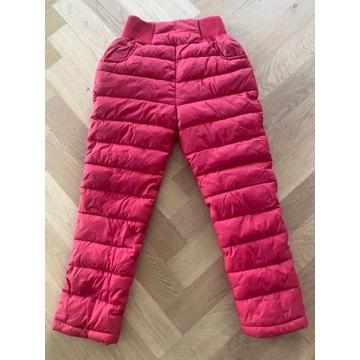 Spodnie zimowe ciepłe pikowane na 6 lat czerwone